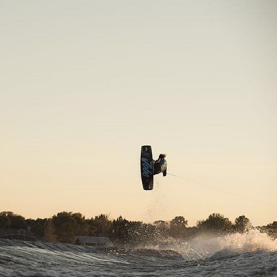 Impression of Marc Kroon's sick tricks on the water