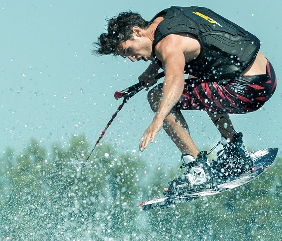Product highlight: Click wakeboard package