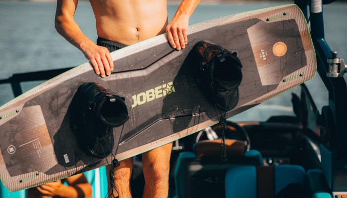 What size wakeboard do I need? Check out the wakeboard size chart.