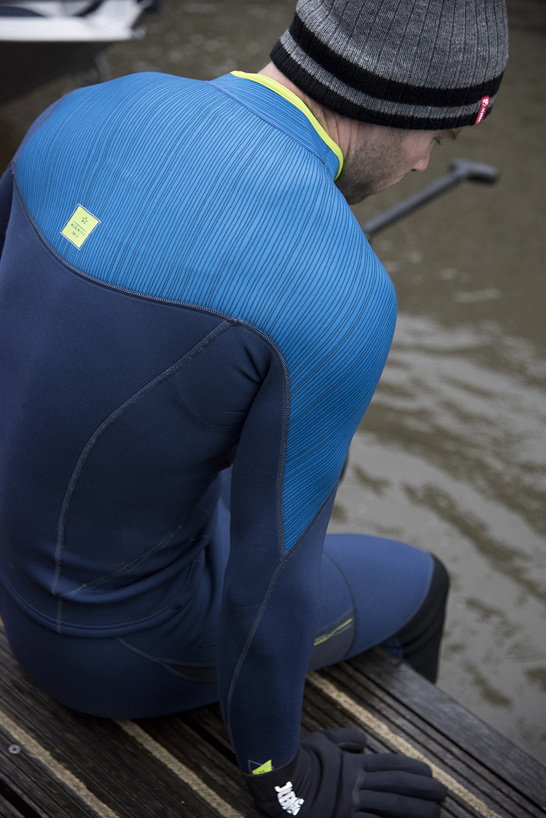 More winter-vibes: It all begins with neoprene