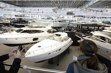 Dusseldorf Boat Show in full swing!