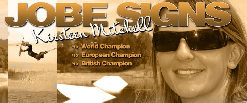 Jobe signs World Champion Kirsteen Mitchell!