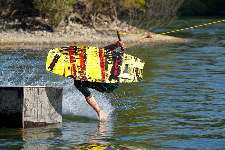 Tips & Tricks form the Jobe kneeboard team