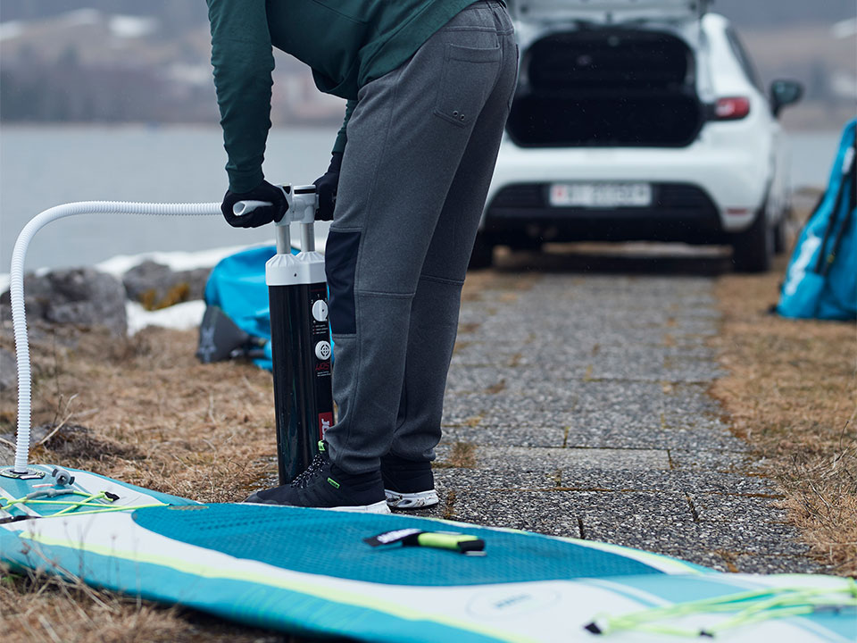 How to inflate a stand up paddle board?